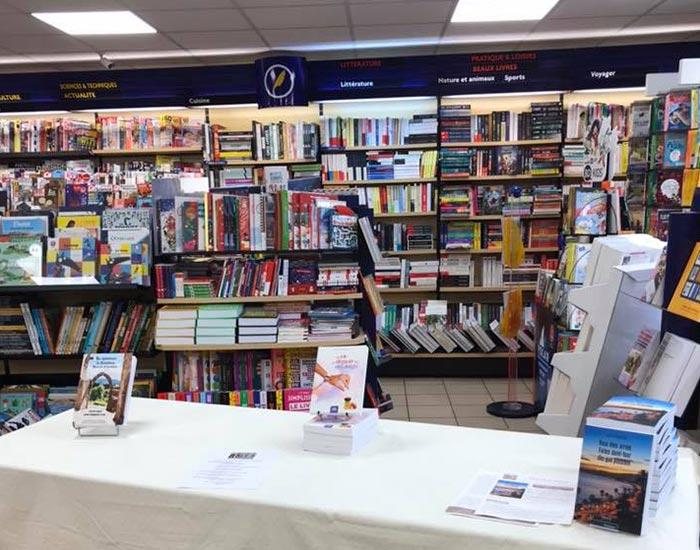 Vente de livres à Renaison